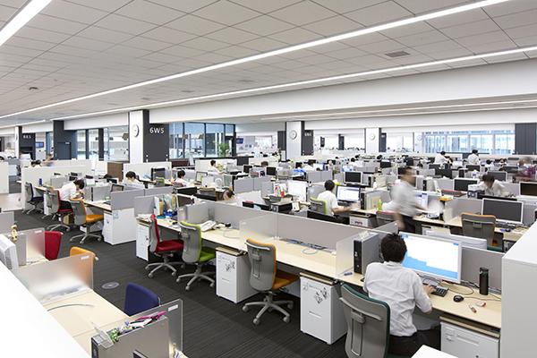50人以上が入るオフィスはクリア空間大型でウイルス抑制